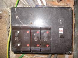 why change your fusebox or consumer unit old wylex fusebox