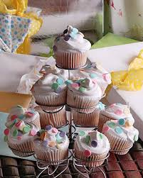 Perfect Cupcake Decor Idea With Candy Sprinkles For Teenage Girls