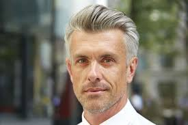 25 best hairstyles for older men 2021