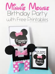 minnie mouse birthday party with free printables on girllovesglam com