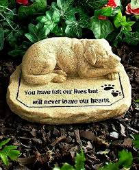 dog pet memorial tomb stone garden yard grave marker cemetery statue sculpture