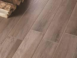Piastrella In Legno Per Esterni : Piastrelle effetto legno grigio cucina rovere colore