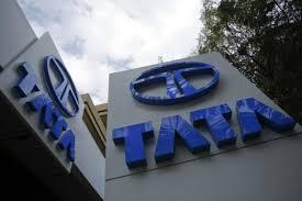 tata motors posts worldwide q1 loss of rs 1 863 crore indian operations register profit news18
