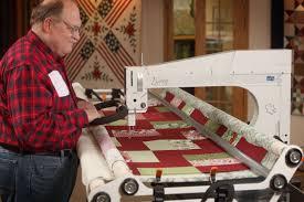 Lucey longarm quilting machine | APQS & George Quilting With Lucey · Lucey Quilting Machine Adamdwight.com