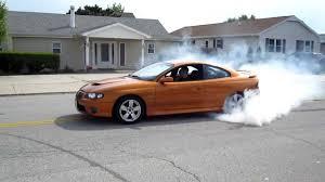 2006 GTO 6.0l Burnout - YouTube