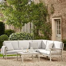 english country garden furniture trend