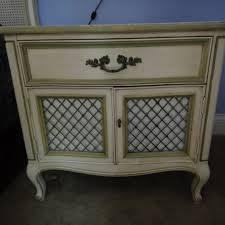 Three Piece Vintage Henredon Bedroom Set