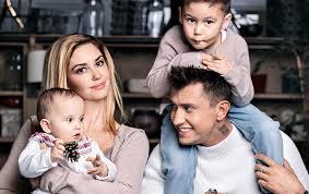 павел прилучный и агата муцениеце последние новости 2018 семья фото