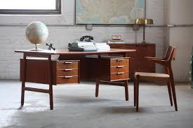 Modern desk office Glass Mid Century Modern Desk Office West Elm Mid Century Modern Desk Office Palms Hotels Classic Yet