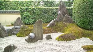 Rocks and sand in Japanese gardens Rock ...