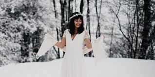 De Jolies Idées De Coiffure Pour Un Mariage En Hiver Mariéefr