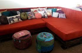 diy shipping pallet couch   A Joyful Riot