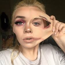 this woman s pulled skin makeup is going viral on insram