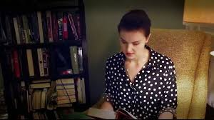 screenshots of veronica roth reading the first chapter of allegiant