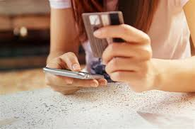 Holiday When Online Your Cybercriminals Hitch On Shopping Spending OPrRIPqxw
