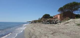 région moriani plage les pieds dans l eau