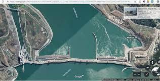 三峡 ダム 歪み