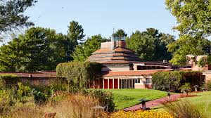 wingspread frank lloyd wright s largest prairie style house was home to the johnsons