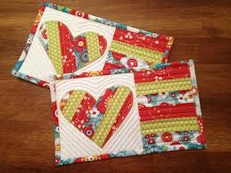 Best 25+ Mug rug tutorial ideas on Pinterest | Mug rugs, Christmas ... & More Mini Quilt Inspiration Adamdwight.com