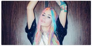 Maveron bankrolls edgy girls apparel retailer Dolls Kill, an online  boutique for 'Misfits & Miss legits' - GeekWire