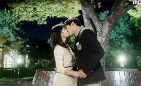 kiss scene of extraordinary you