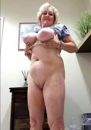 Free mature nude women photos