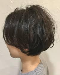 黒髪ショートボブのヘアカタログ前髪なしありパーマまで解説