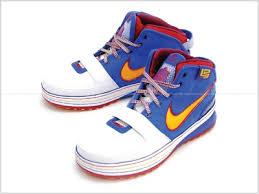 lebron shoes superman. 18-03-2009 lebron shoes superman