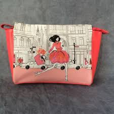 elizabeth arden padded cosmetic bag gift