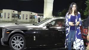 Priyanka Chopra Arrives In Expensive 4 Crore Rolls Royce Car At ...
