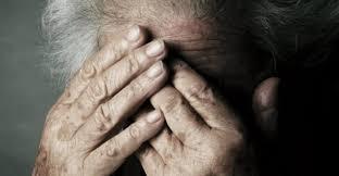 Risultati immagini per badanti-truffe ai danni degli anziani