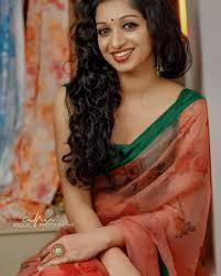 Shweta tiwari hindi television actress hot saree pics hd caps from begusarai tv serial. Hot Indian Girls Saree Cleavage Pin On Desi Saree Beauty Specific Regions Also Have Their Flavie Roberte