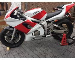 yamaha r6 for sale. yamaha r6 pre inj race bike for sale