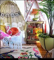 Boho Style Decorating - Boho decor - Bohemian bedding - boho chic decor -  boho theme
