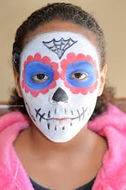 an easy sugar skull makeup tutorial that can be done in under thirty minutes