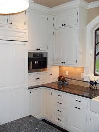 white shaker kitchen cabinets. White Shaker Kitchen Cabinet Ideas Cabinets