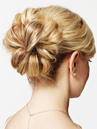 Wedding Hairstyles For Medium Hair 63 Inspiration This Will Be The Very Simple And Loose Design Of Tiffany's Wedding