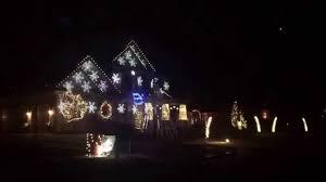 Downtown Milwaukee Christmas Lights Ulitmate Guide To Milwaukee Holiday Lights Mke Moms Blog