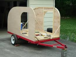 Diy travel trailer Siding Next He Raised The Woodie Sides Using 14 Inch Plywood Rvsharecom Beautiful Diy Teardrop Trailer