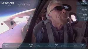 الملياردير البريطاني ريتشارد برانسون يصل إلى حافة الفضاء 🇬🇧 - YouTube