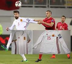 ปิเก้'ทนแฟนกระทิงประเด็นตัดแขนเสื้อสีธงชาติไม่ไหว ประกาศเลิกเล่นทีมชาติสเปน ล่วงหน้าแล้ว