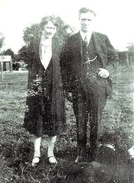 Ted & Annie Holt | Redbourn Groups by surname G-I | Herts Memories