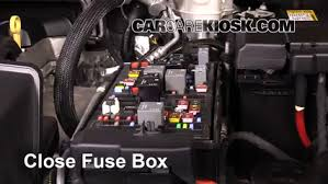 replace a fuse 2015 2016 chevrolet colorado 2016 chevrolet Chevy Colorado Fuse Box 6 replace cover secure the cover and test component chevy colorado fuse box diagram