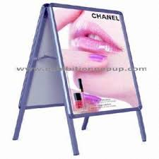Stand Up Display Board