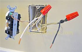how to replace a worn out electrical outlet part 3 backwiring an electrical outlet in parallel pigtail connections