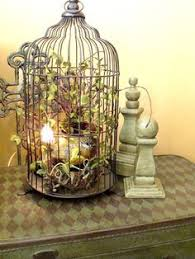 Love decorating with birdcages!
