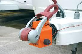 ball hitch lock. q. does the saracen ultra fit my caravan hitch? ball hitch lock t