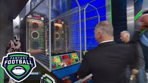 Matthew Berry Vs Adam Schefter Fantasy Football Combine Battle Fantasy Football Marathon Espn
