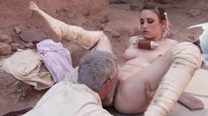 Nude Babe Got Fucked In The Desert movie Jennifer White MILF Fox