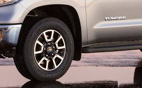 2014 Toyota Tundra First Look Photo & Image Gallery